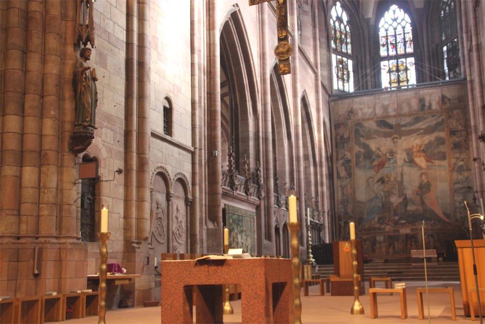 Visite guidée drap du carême cathédrale de Fribourg