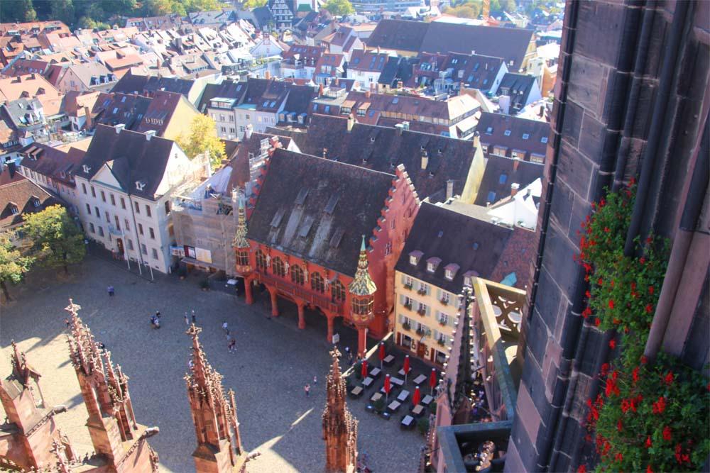Place de la cathédrale de Fribourg-en-Brisgau